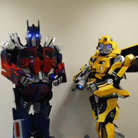 Meet Optimus Prime and Bumble Bee at Yorkshire Cosplay Con 2017